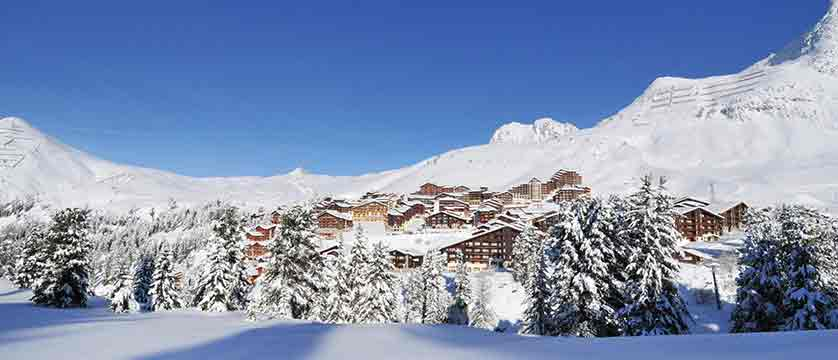 france_paradiski-ski-area_la-plagne_resorts_mountains.jpg